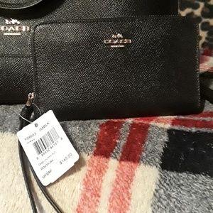 😍Black COACH wallet 😍
